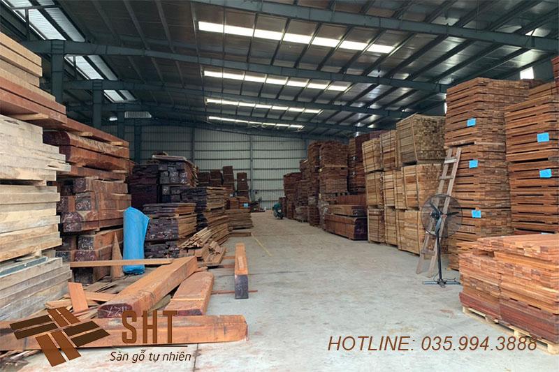 kho gỗ tự nhiên