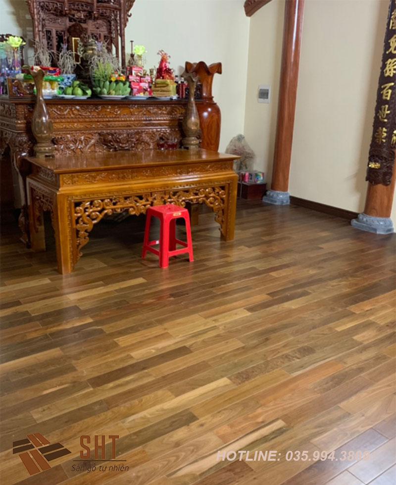 thi công sàn gỗ tự nhiên nhà ông phôi
