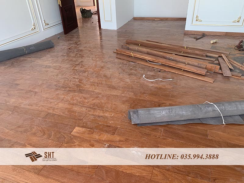 Sàn gỗ Gõ Đỏ Nam Phi lắp đặt tại căn hộ Penthouse