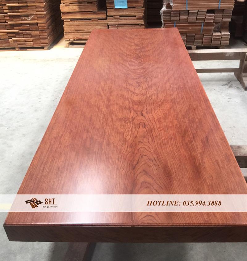 gỗ nguyên khối