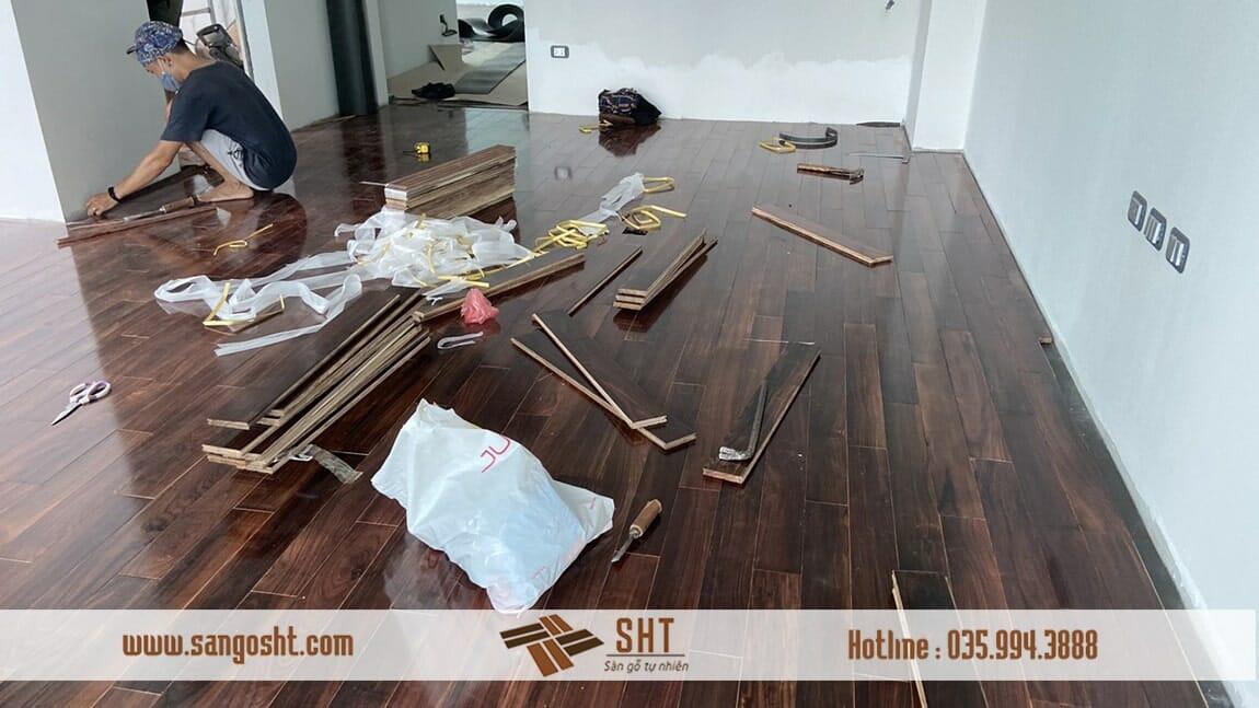 Thi công sàn gỗ cẩm lai