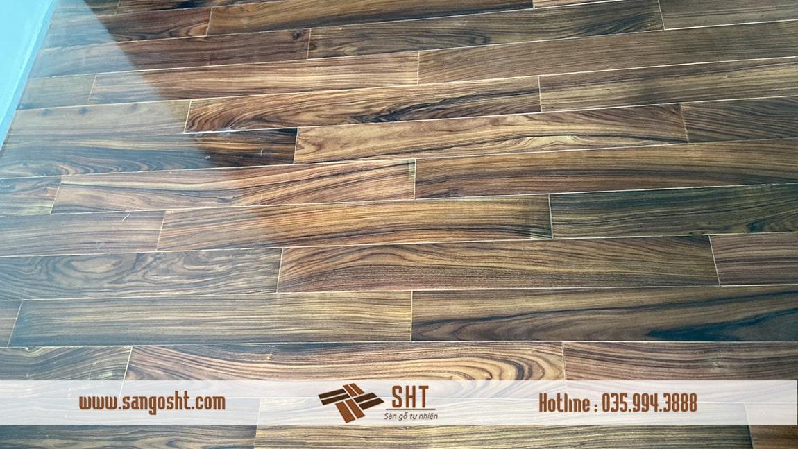 Ảnh chụp sàn gỗ cẩm lai tại Ecopark
