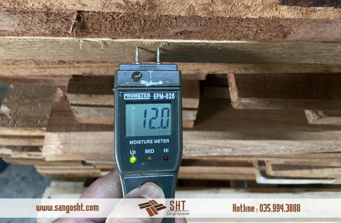Độ ẩm sàn gỗ tự nhiên