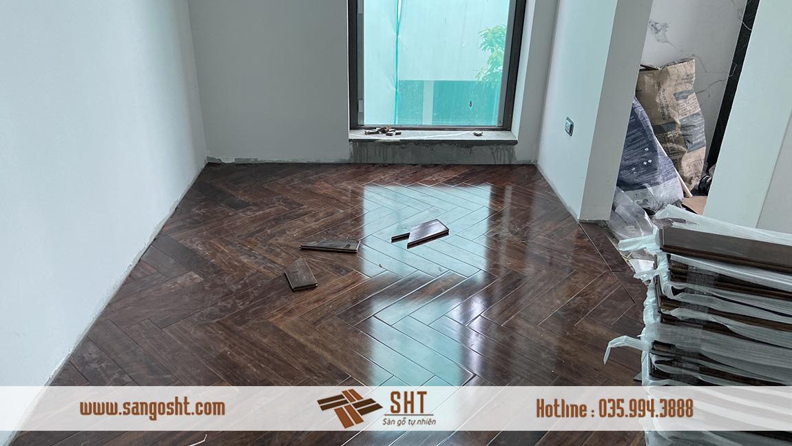 Sàn gỗ chiu liu lào màu hẹt dẻ