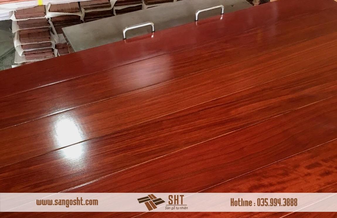 Sàn gỗ tự nhiên Hương Lào